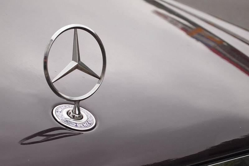 fernlicht auto symbol