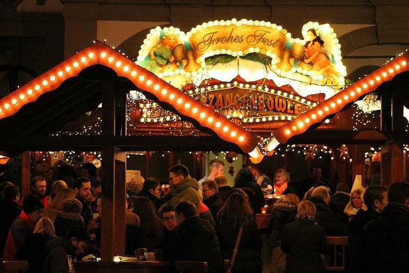 Weihnachtsmarkt Nach Dem 24 12.Gemischte Bilanz Auf Paderborner Weihnachtsmarkt Radio Hochstift